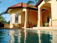 Pattaya House for Sale: Pool Villa in Huay Yai