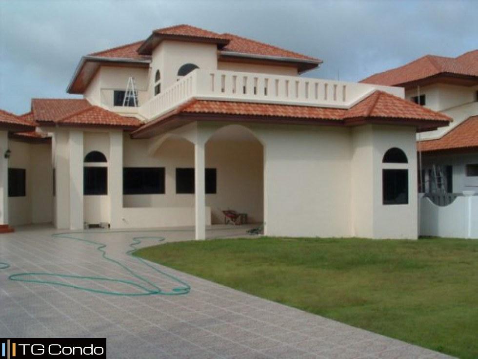 Paradise Villas 1, 4 Beds