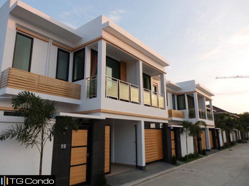 Tropicana Villa for sale Pattaya