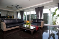 Palm Oasis Villa for Sale Pattaya