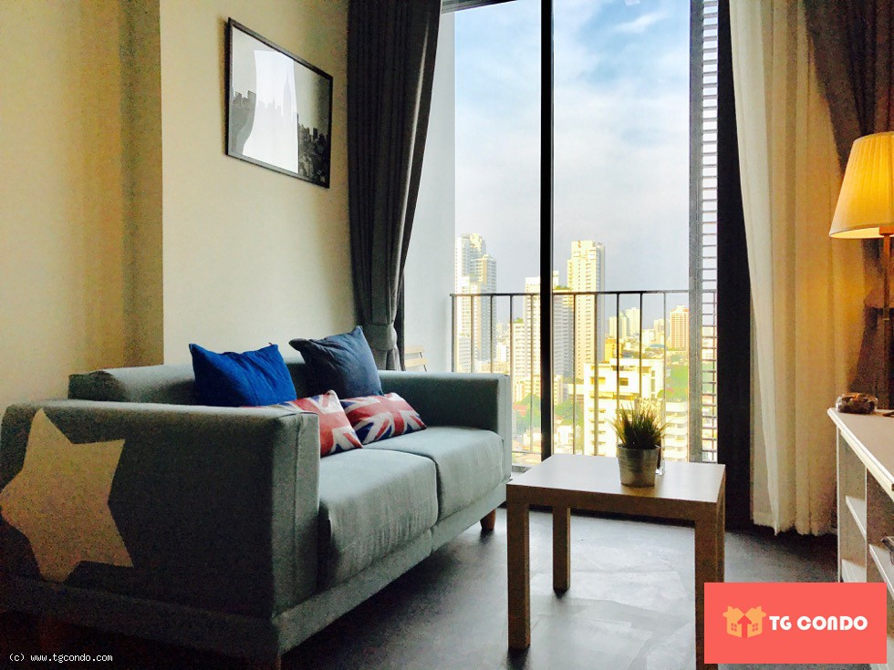 EDGE Sukhumvit 23 Condo For Rent,34th Floor
