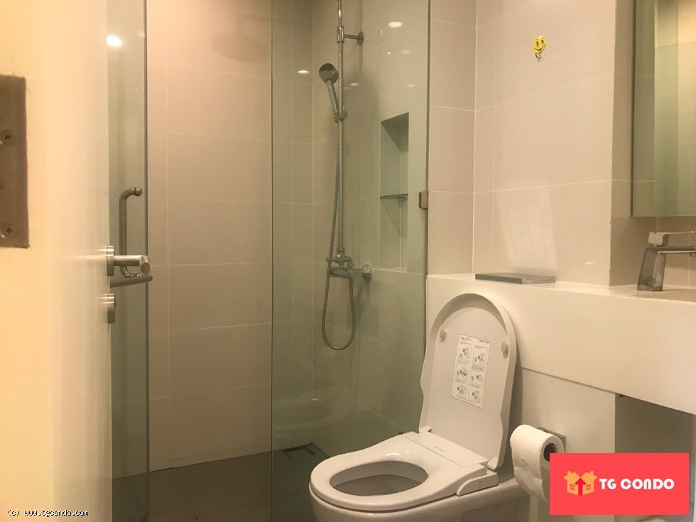 Condo Siamese Surawong For Rent