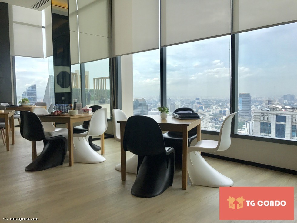 THE ESSE ASOKE Condo Luxury For Rent