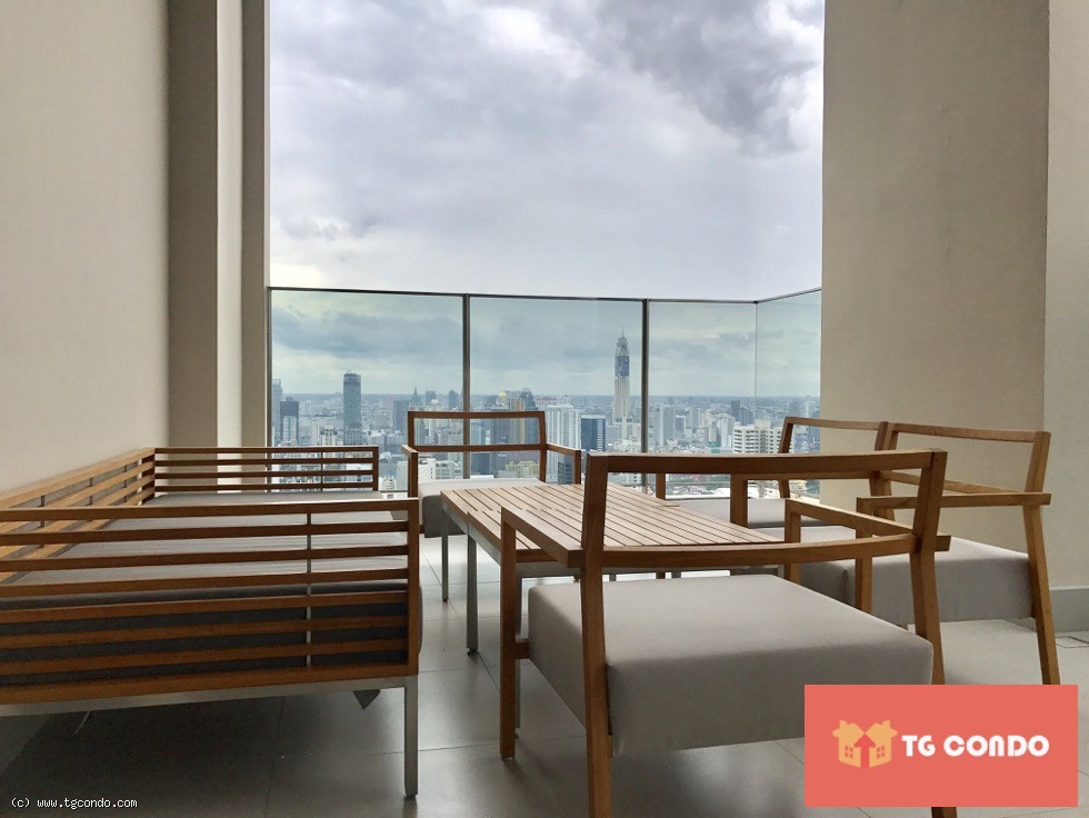 THE ESSE ASOKE Condo Luxury for Sale